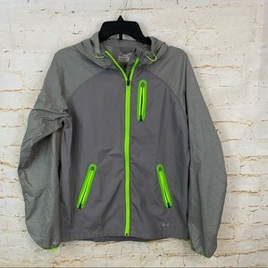 Under Armour M womens qualifier woven jacket EUC